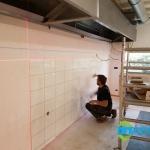 Professionele keuken bouwen Nieuwegein - Wand tegelen - 01